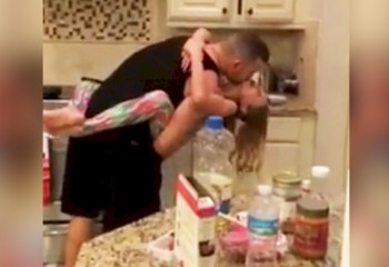 Mom Thinks Husband And Daughter Are Cleaning, But What She Finds Is Touching