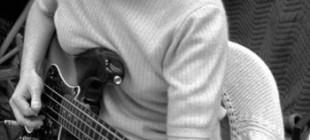 Müzik Dünyasına Damgasını Vurmuş 13 Kadın Basçı