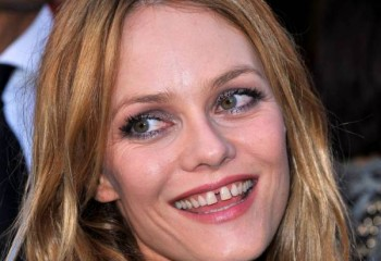 10 Sexy Celebrities With Not-So-Sexy Smiles