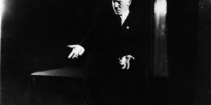 Hitler'in İflah Olmaz Bir Türkçe Pop Hayranı Olduğunun 14 Kanıtı