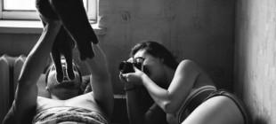Sevgi Dolu Çiftlerin Yatak Odasına Konuk Olan Sanatçıdan 17 Aşk Kokan Fotoğraf
